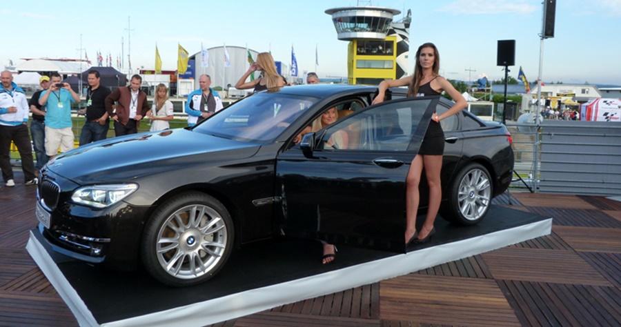 BMW-7er-Facelift-F02-LCI-760Li-Individual-2012-07